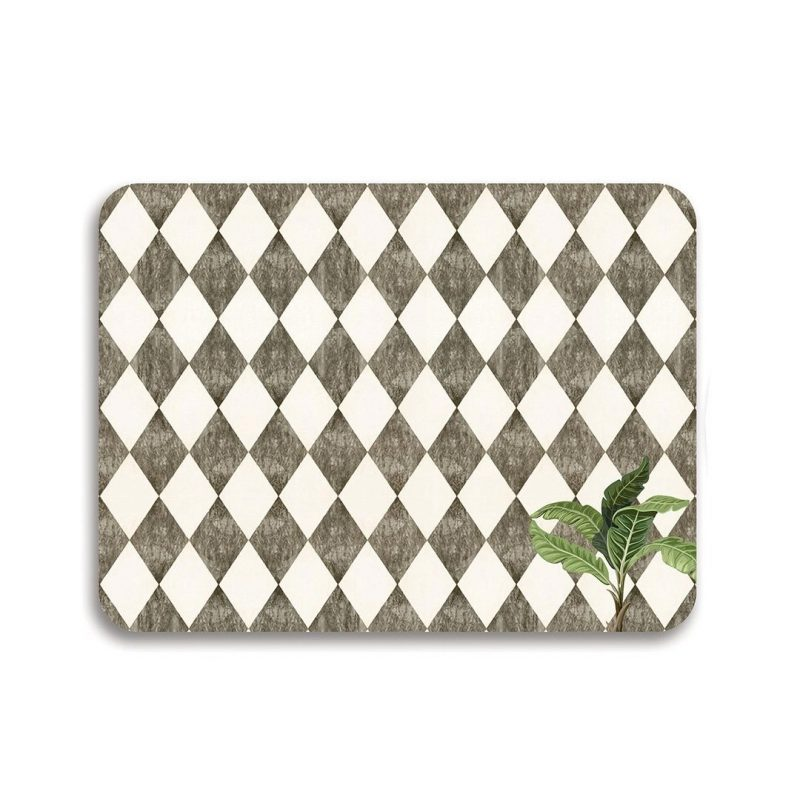 A lone Palm table mat
